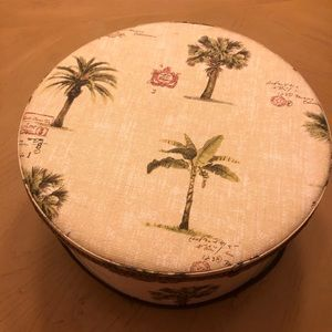 Other - Palm Tree Round Box